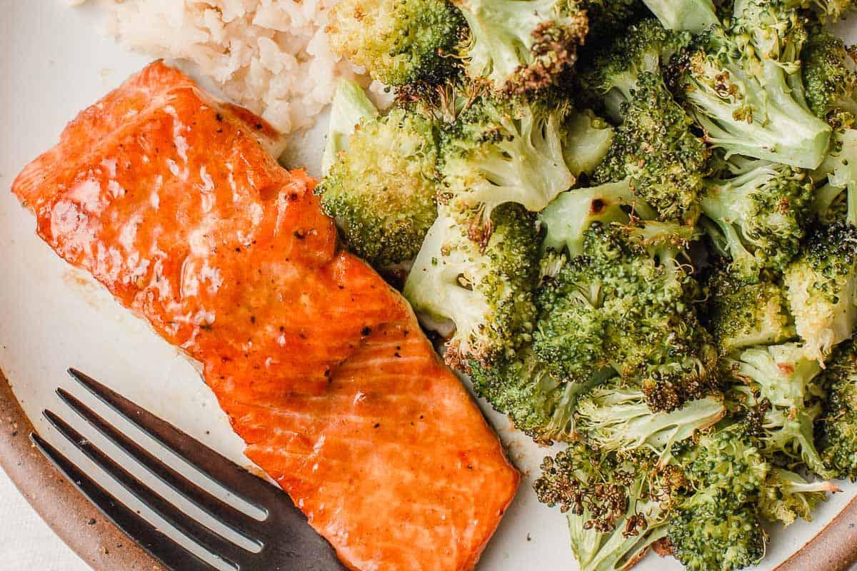 Salmon with Mango Chutney Glaze on a plate.