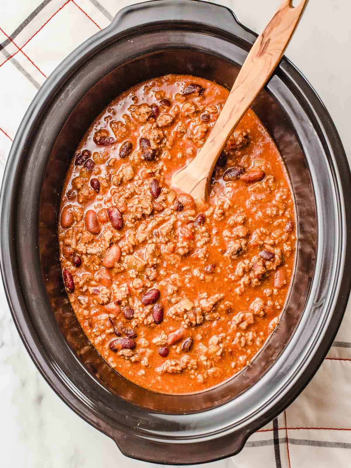 Slow cooker chili after it's finished cooking.